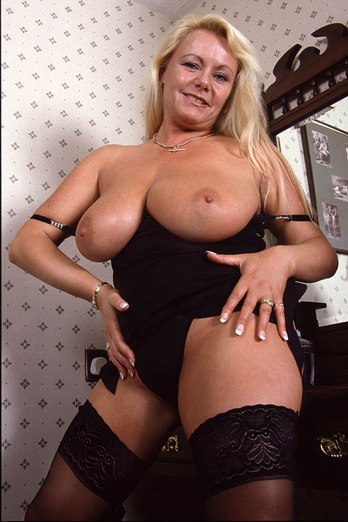 Mommy Domme Kelly  1-866-255-5951